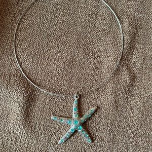 Jewelry - NWT handmade item large starfish necklace